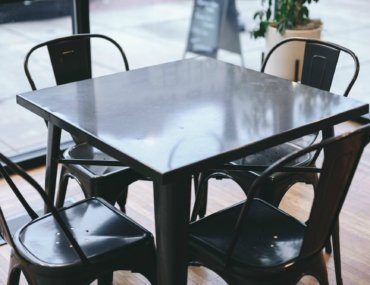 Free Devotions - Christian Resources - Table